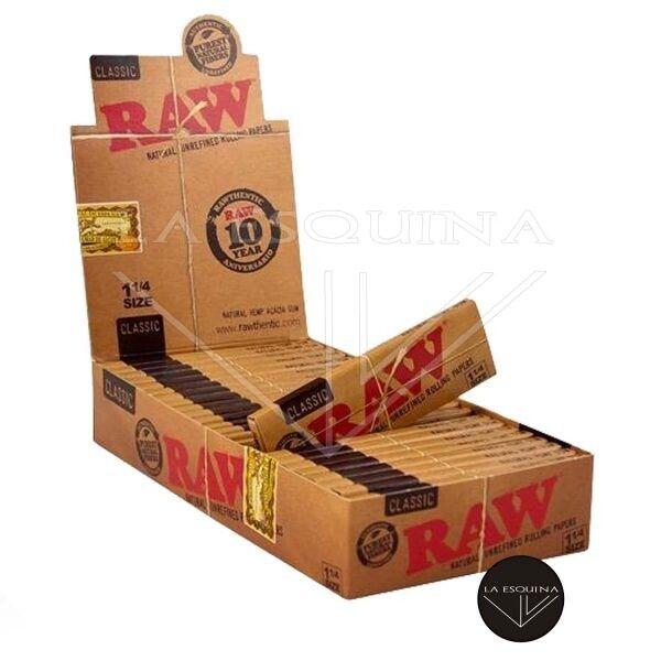 Papel RAW de 64 papelitos tamaño estandar 78 mm, papel fino natural libre de cloro y sin blanquear.Fabricado en España